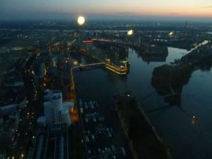 Medienhafen by night
