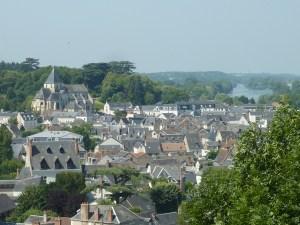 Vue panoramique que Amboise avec la collégiale St Denis