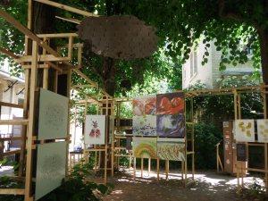 Le jardin avec l'expo temporaire