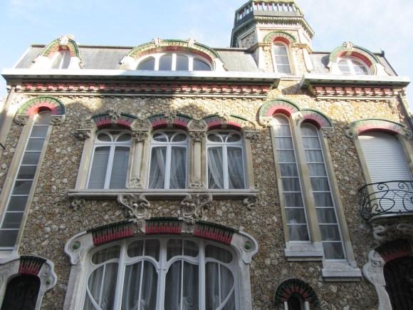 La Villa Emilie, qui m'a fait penser aux villas de Gaudi à Barcelone...