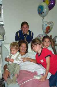10-01 Sarah & siblings in hospital 2