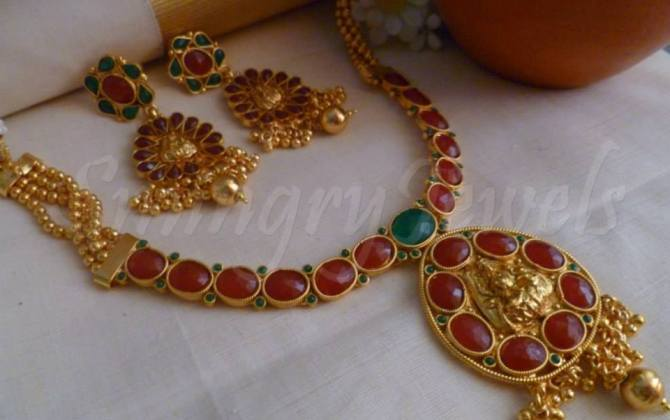 Kemp temple necklaces and earring set jewellery designs