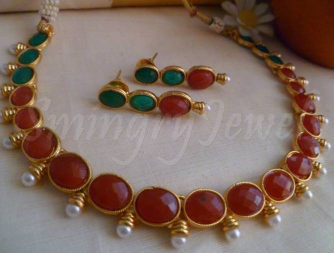 red and green Kemp stones necklace with earrings