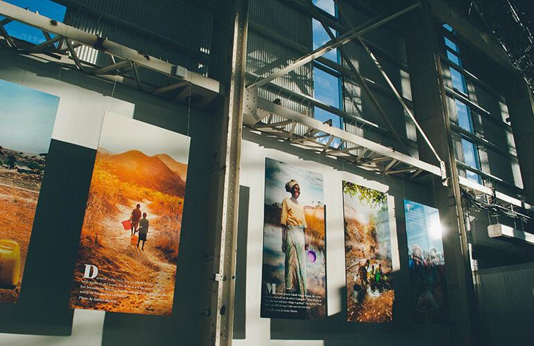 Hanging_Photos