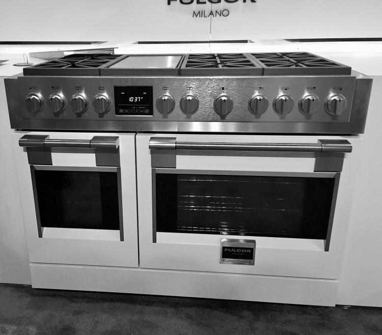 Fulgor Milano luxury appliances Kitchen Range in Palladio White