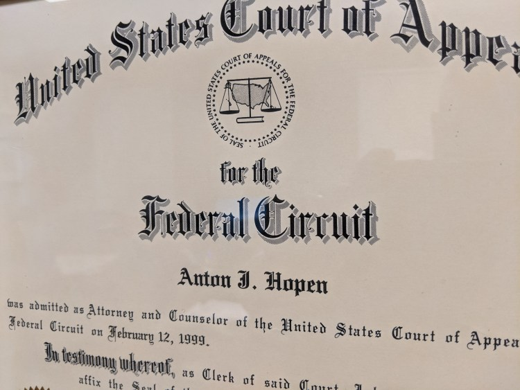 Admission to Court of Appeals for the Federal Circuit for Anton Hopen
