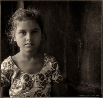 Fatepur Portraits 7b : Monochrome Girl