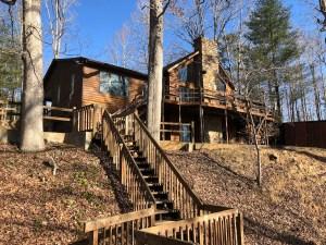 beaver-dam-lake-house-winter