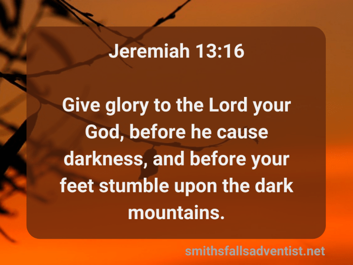 Illustration-background-sunset-title-Give glory to the Lord in Jeremiah 13 verse 16-text-Bible verse