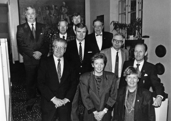 Hallitus 1990 Katajanokan Kasinolla (SMK)