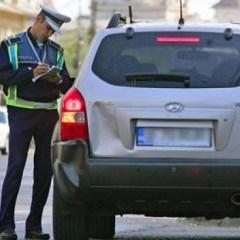 Tineri depistați în trafic, conducând autoturisme, având permisul de conducere suspendat, respectiv fără a deține permis de conducere