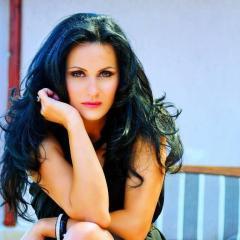 Interviu cu dr. Laura Bota, in exclusivitate pentru smlive