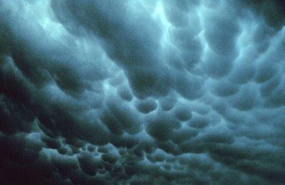 ATENTIE! AVERTIZARE METEO: România, afectată de un ciclon. Meteorologii au emis COD PORTOCALIU