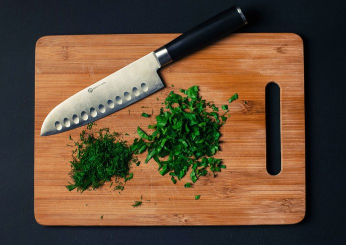 knife-cutting-board