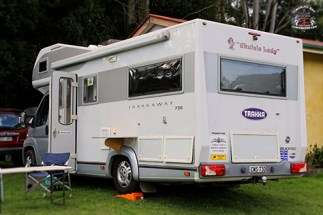 I recognise this RV from last year... You know the 'scene' is a scene when it has groupies following it around!