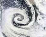 爆弾低気圧と台風の違いとは?爆弾低気圧は正式名称ではない?発生時期についても