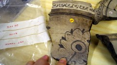 Sgraffito kiln waster with flower design