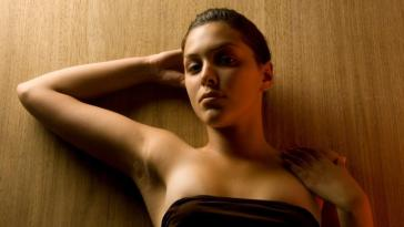 10-Ways-to-get-rid-of-Dark-Armpits-