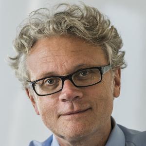 Dr. Johannes Caspar