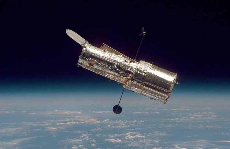 Космический телескоп Хаббл перестал работать