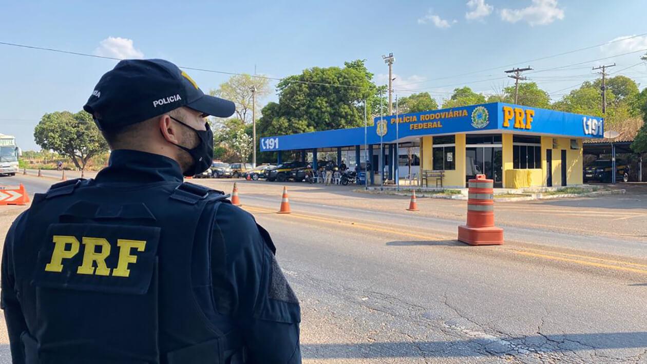 Polícia Rodoviária Federal recuperou, nesta quinta-feira,07, veículo roubado há cerca de 40 dias no Distrito Federal
