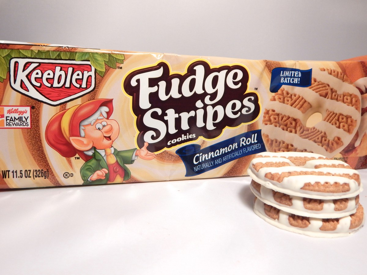 [Friday Flash Review] Keebler Cinnamon Roll Fudge Stripes