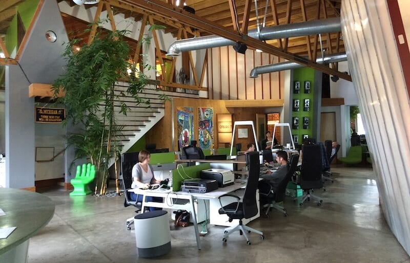 15 Creative Office Layout Ideas To Match Your Company's