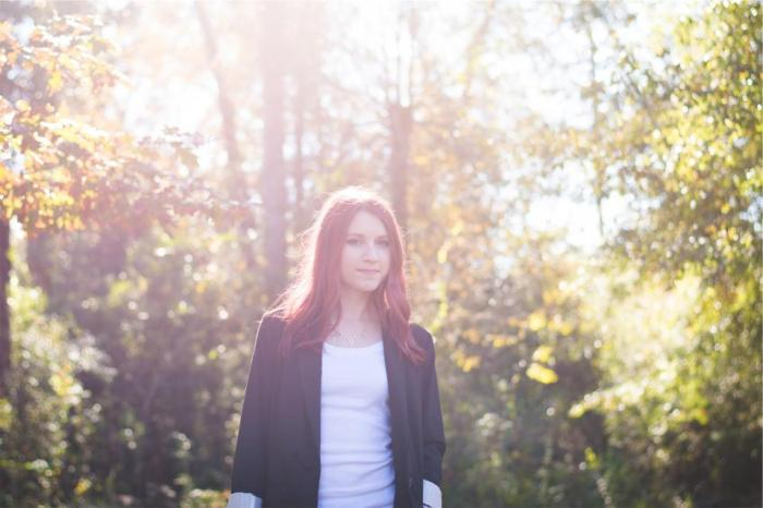 young, girl, people, long hair, red head, model, pretty, cute, fashion, necklace, clothes, blazer, sunshine, summer, sunny, trees