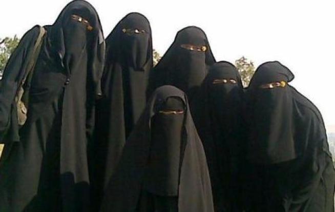 Niqab gruppfoto