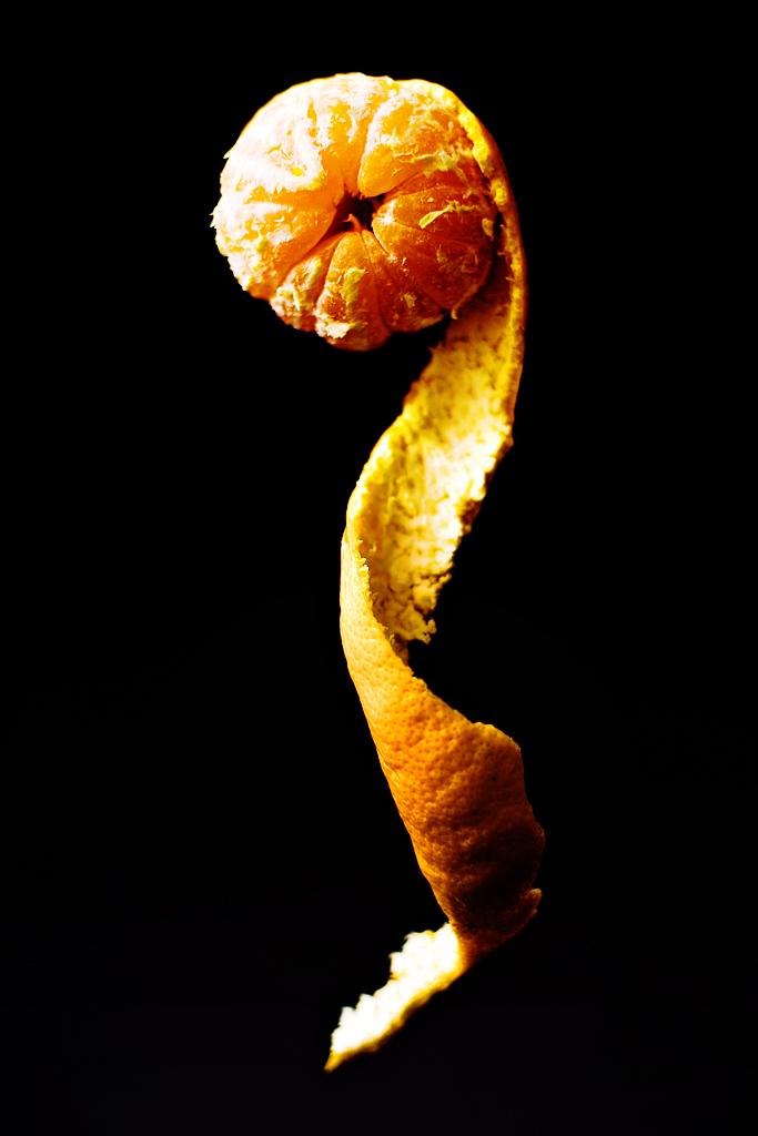 uncoil-hand-life-orange-eat-enjoy-live-hunger