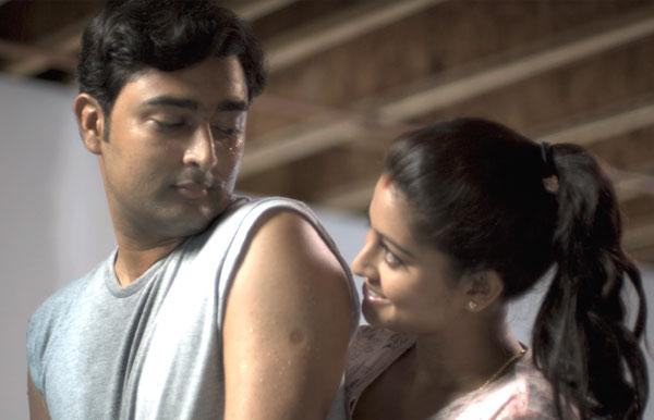 Achamundu-Arun-Prasanna-Sneha-Movies-Films-Pictures-Reviews-Images-clips-018