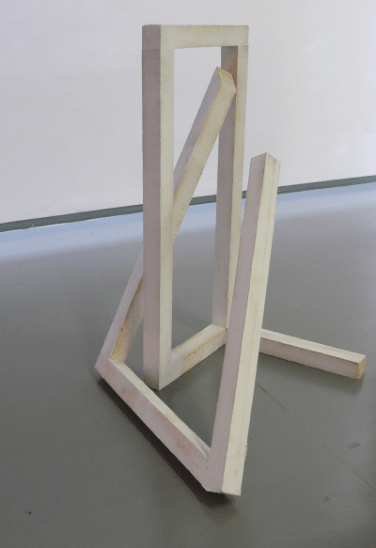 O.T. 2011, silicone, wood,130 x 70 x 90 cm / O.T. 2011, silicone, bois, 130 x 70 x 90 cm