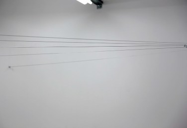 Fils. 2015, cables, hooks, dimensions variable / Fils. 2015, câbles, crochets, dimensions variables