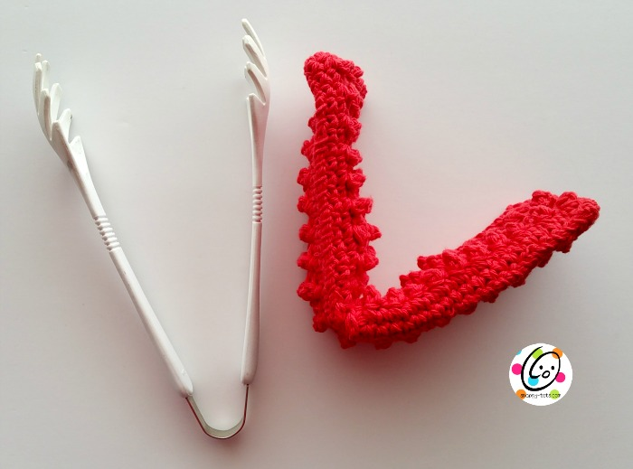 free crochet pattern. Clean blinds, glasses, ceiling fan blades.