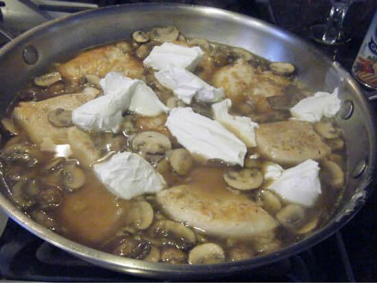 Champagne Chicken & Mushroom Pasta Recipe   snappygourmet.com