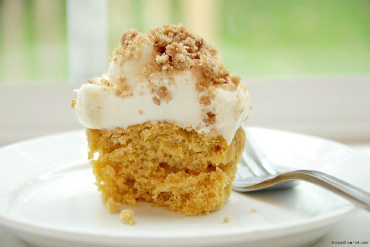 Pumpkin Ale Cupcakes - light and fluffy semi homemade cupcakes