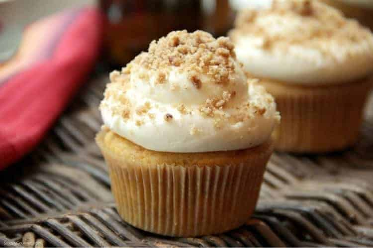Pumpkin Ale Cupcakes - recipe for alcoholic cupcakes with yellow cake mix and pumpkin beer