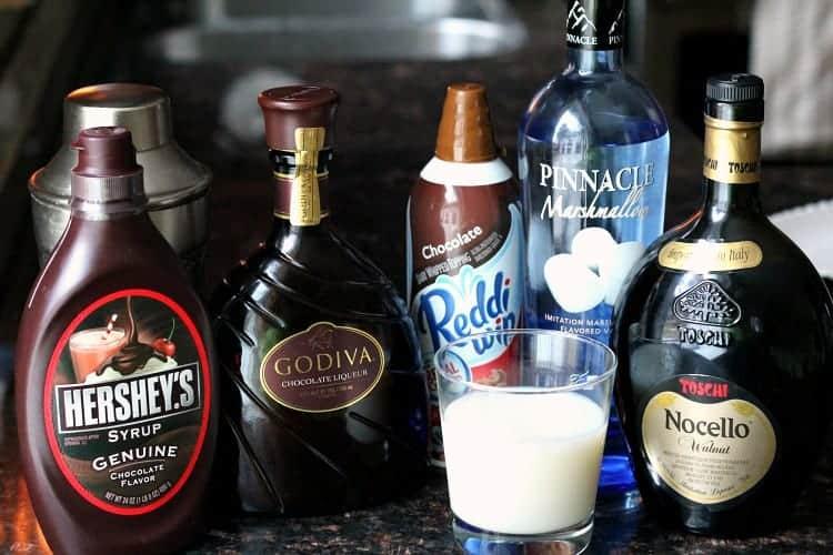 Mississippi Mudtini Recipe - Chocolate Martini recipe with ingredients including marshmallow vodka, Godiva chocolate liqueuer, and Nocello. SnappyGourmet.com