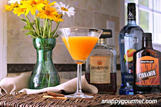 Peach Crisptini Cocktail Recipe   SnappyGourmet.com