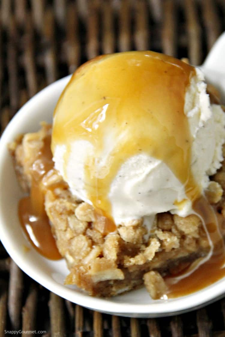 caramel apple cookie bar sundae