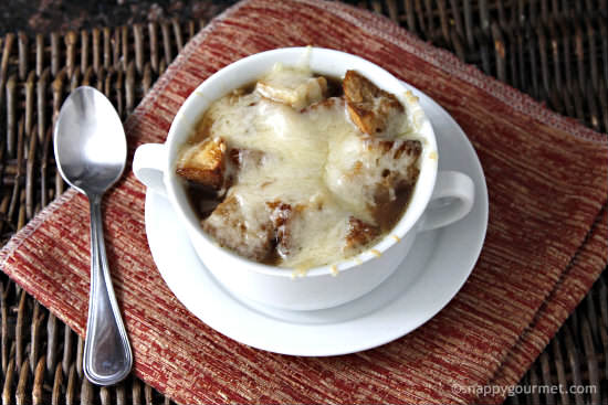 Slow Cooker French Onion Soup | snappygourmet.com