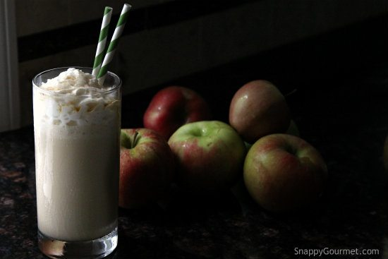 Easy Maple Apple Milkshake Recipe - a quick fall drink perfect for Halloween!