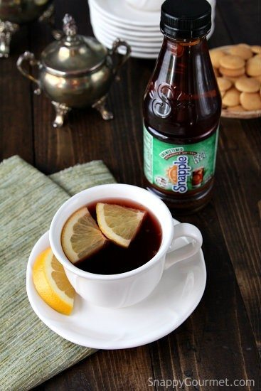 Pomegranate Orange Tea - an easy hot drink perfect for winter! SnappyGourmet.com
