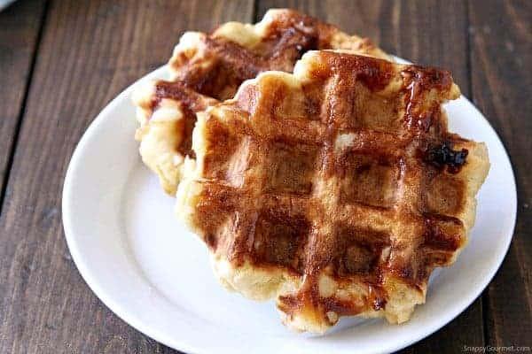 Homemade Belgian Waffles - DIY authentic Belgian Waffles Recipe | SnappyGourmet.com