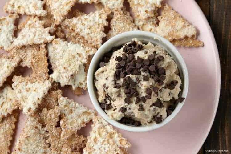 Best Cannoli Dip Recipe - Homemade dessert dip that everyone always loves! SnappyGourmet.com
