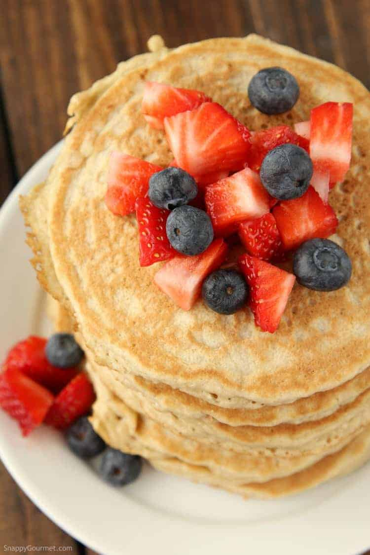 Almond Flour Pancakes Recipe - low carb and gluten free pancake recipe