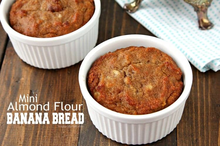 Baked banana bread in ramekins