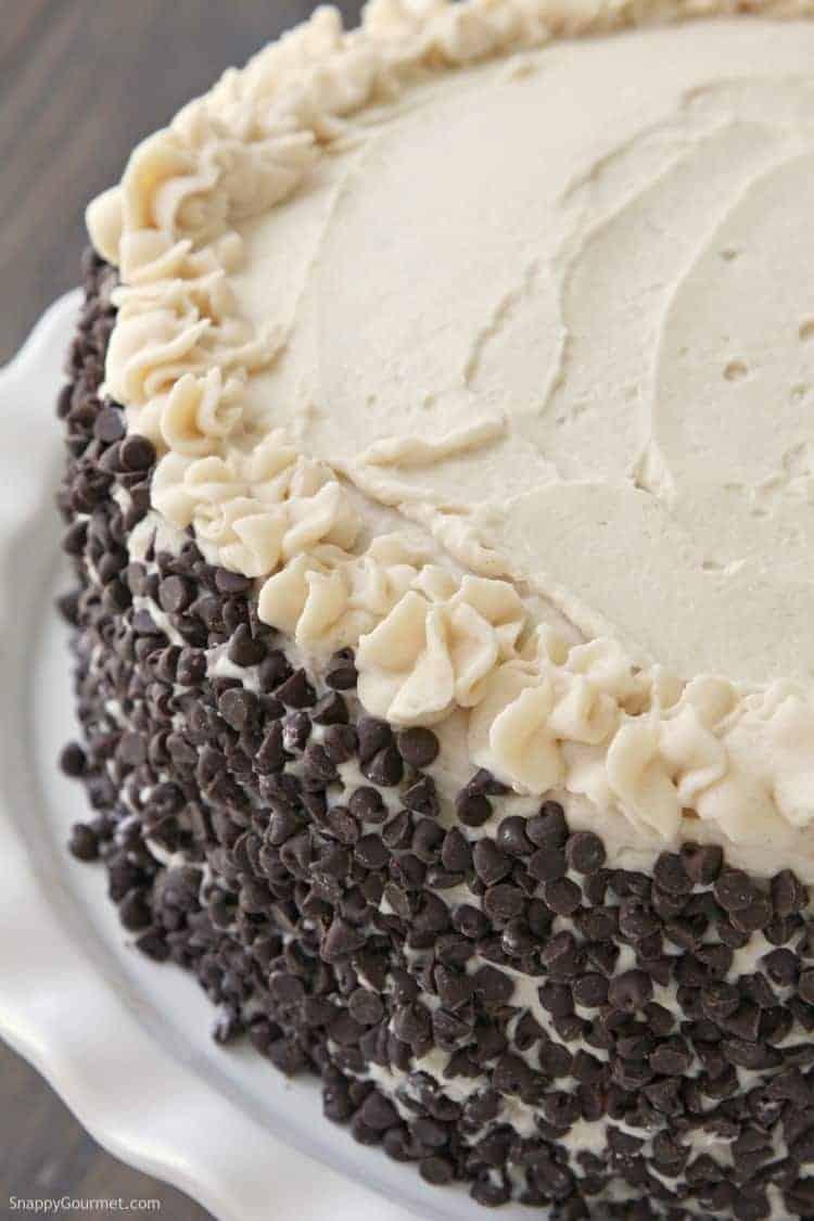 Cannoli Cake Recipe - how to make an Italian cake with cannoli filling