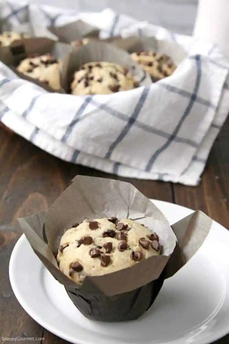Chocolate Chip Banana Bread Muffins recipe - the best homemade muffins