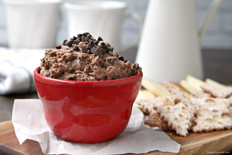 Chocolate Cannoli Dip - easy cannoli dip recipe with chocolate and chocolate chips